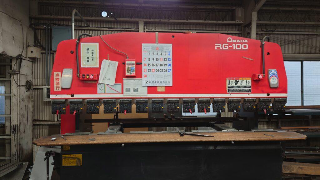 アマダ 3m ベンダー RG-100
